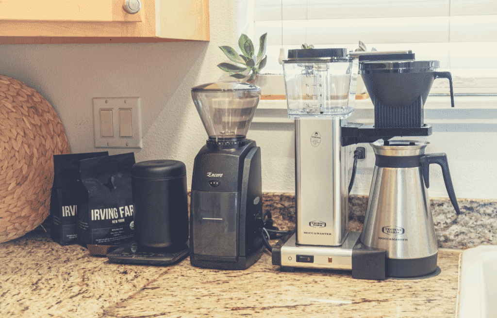 automatic pour over maker with grinder on a kitchen top counter space, automatic pour over coffee maker