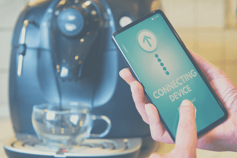 Connecting coffee machine with smart phone, smart coffee maker