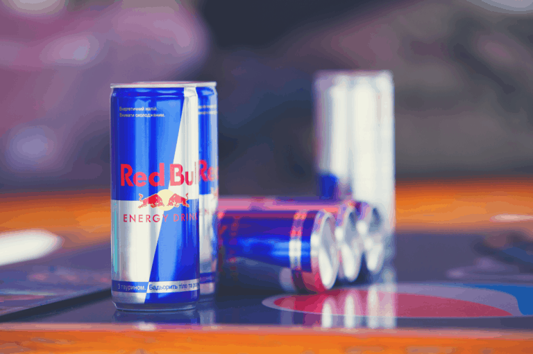 Red Bull vs Coffee Comprehensive Comparison: Should You Put Red Bull in Coffee?
